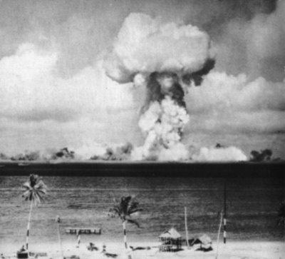 """The """"successful"""" atomic bomb tests in the Bikini Atoll, 1946"""